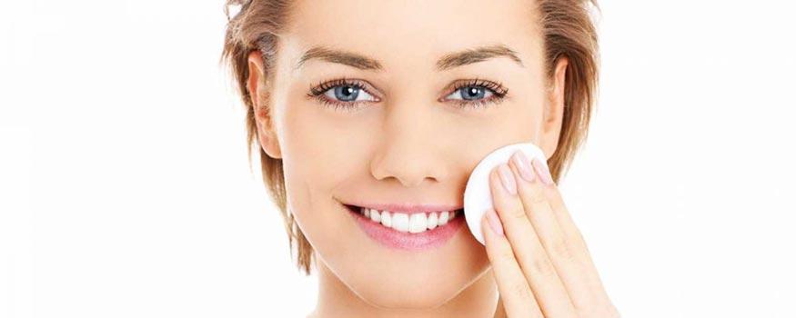 Come avere una pelle perfetta: Rimuovere il trucco