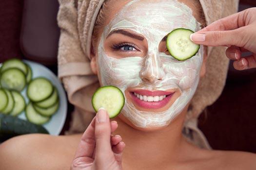 Rimedi naturali contro le rughe: 7 consigli e maschere naturali